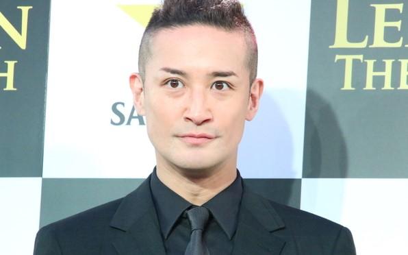 松岡昌宏が結婚しない理由とは?同棲中の彼女の年齢や顔画像も調査